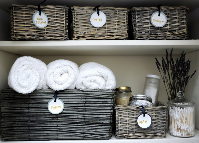linen-closet-small-bathroom