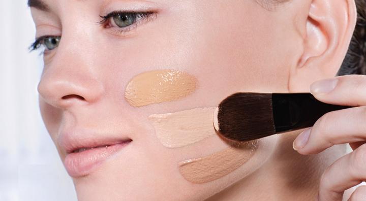 como-aplicar-el-maquillaje-fluido