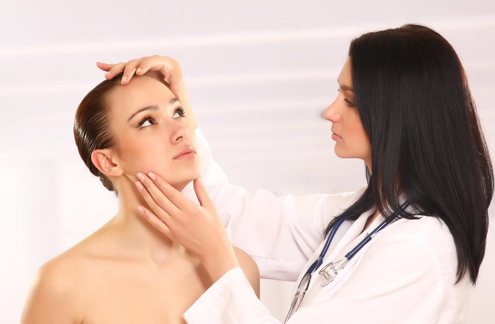 Señales-que-te-indican-el-momento-oportuno-para-visitar-al-dermatólogo