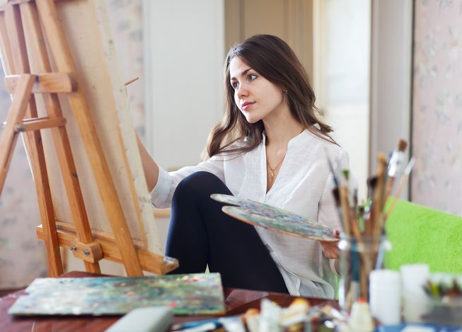 female_painter_creative.jpg.653x0_q80_crop-smart