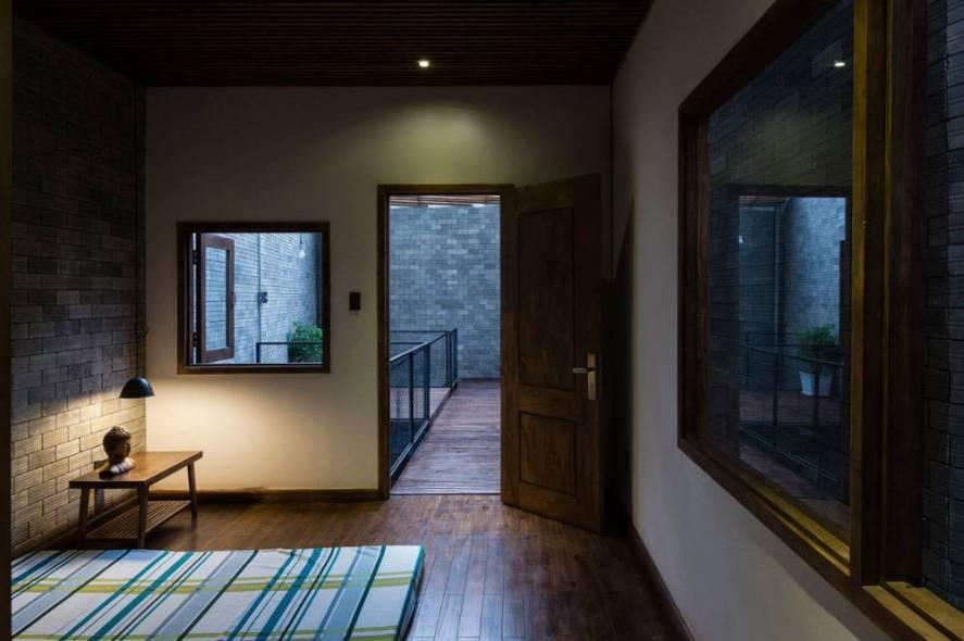 una-casa-convertida-en-un-monasterio-budista03