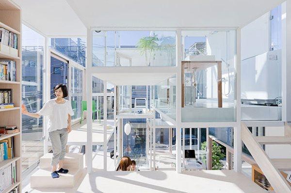 Casas-extrañas-la-casa-transparente-de-Japón1