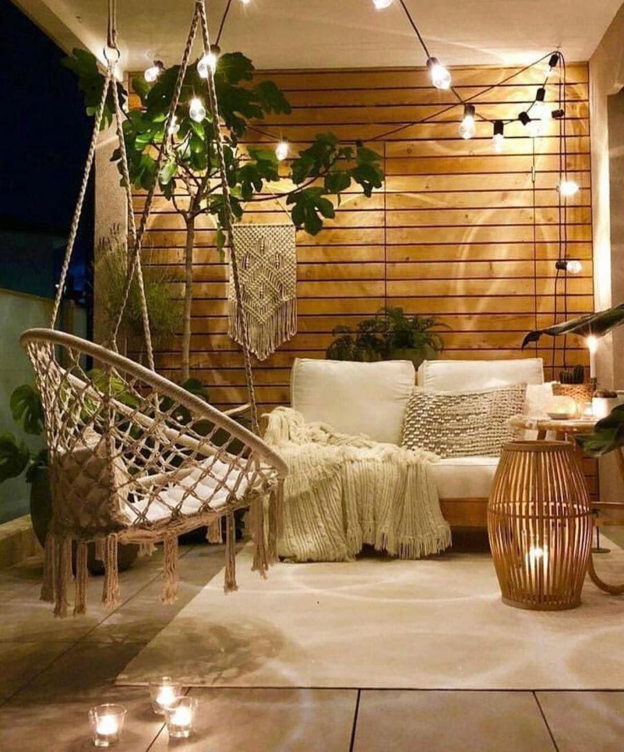 """Decoración Peyra on Instagram_ """"Un porche pequeñito con nuestra hamaca colgante favorita, unas bonitas plantas y listo para disfrutar de las largas noches de verano que…"""""""